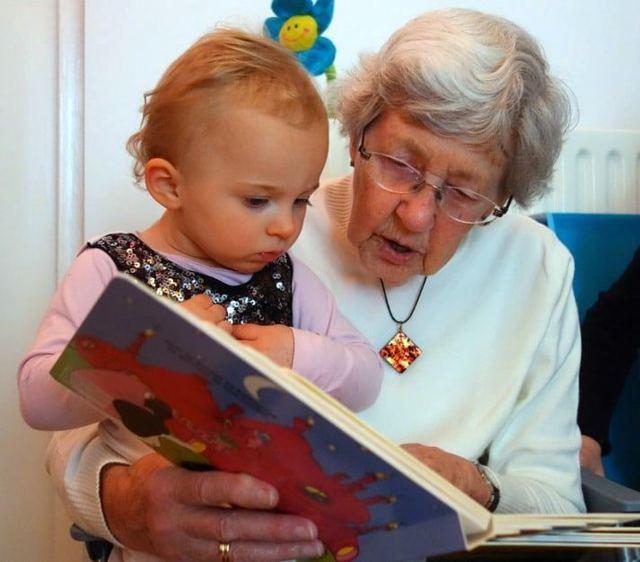 Как бабушке оформить отпуск по уходу за ребенком до 3 лет