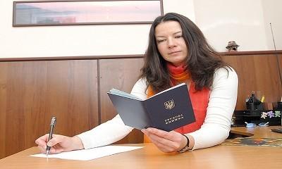 Запись в трудовой книжке по срочному трудовому договору - образец