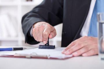 В каких случаях действие трудового договора прекращается