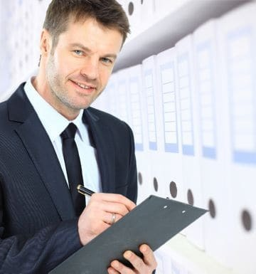 Можно ли работать на двух работах официально по одной трудовой книжке