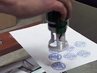 Когда ставится печать в трудовой книжке
